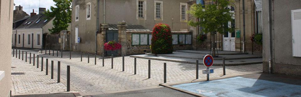 Aménagement de la place de la mairie de la Suze-sur-Sarthe (72)